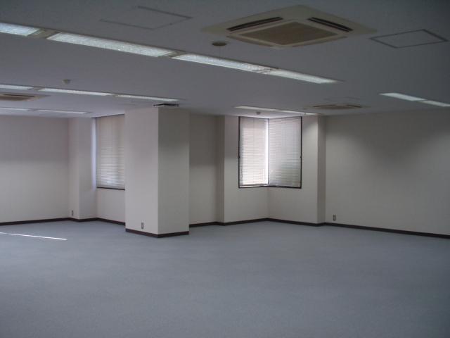 オフィース内部